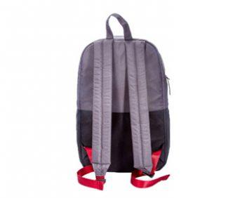 Рюкзак с солнечной батареей - вид сзади