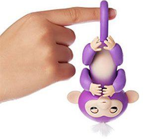 Игрушка Fingerlings Monkey висит вниз головой