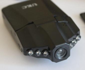 Видеорегистратор HD Smart 3 в 1 - ночная съемка стала возможна, благодаря ИК-подсветка, расположенной в передней части регистратора.