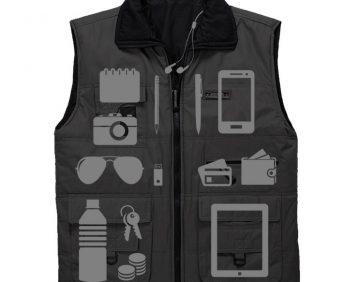 Многофункциональный жилет JEEP + Часы - пример размещения вещей по карманам