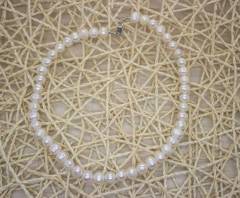 Ожерелья из натурального жемчуга - белое