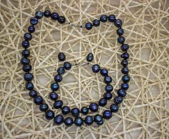 Ожерелья из натурального жемчуга - черное