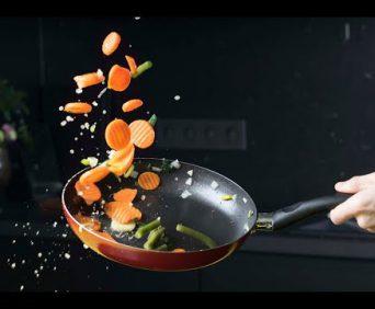 Профессиональные поварские сковородки ШефМастер - покрыты ионами жидкого титана, еда никогда не пригорит