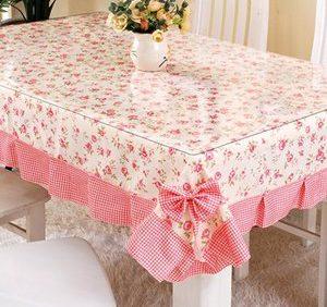 Скатерть «Мягкое стекло» защитит уязвимую поверхность стола